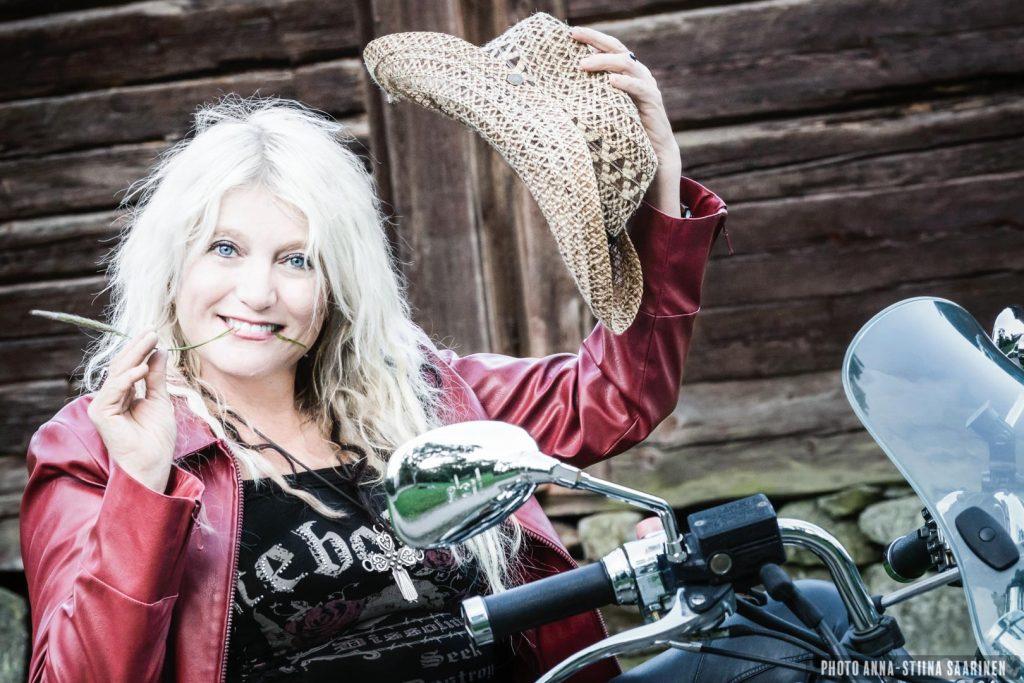 Portrait, Marianne Saari 2015, summer, biker, photo Anna-Stiina Saarinen