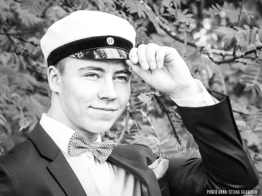 Graduate portrait, photo Anna-Stiina Saarinen