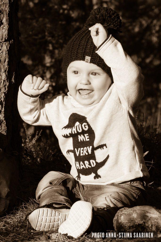 1 year portrait, child photo, lapsikuvaus, photo Anna-Stiina Saarinen