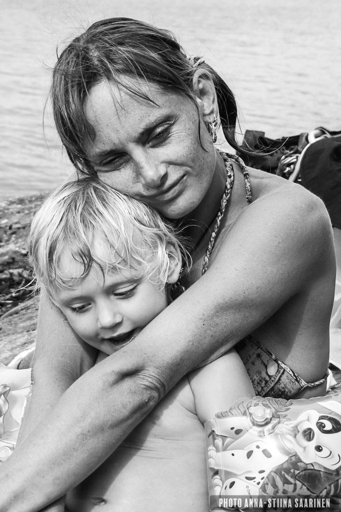 Mother and Child 2011, photo Anna-Stiina Saarinen