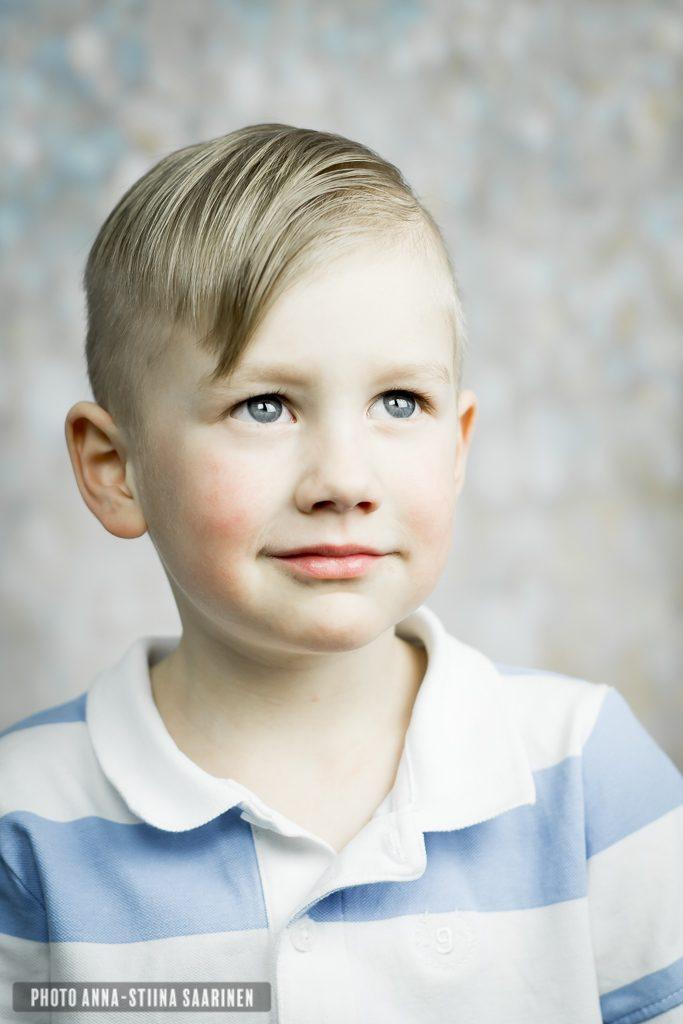 Portrait of a boy, lapsikuvaus, photo Anna-Stiina Saarinen