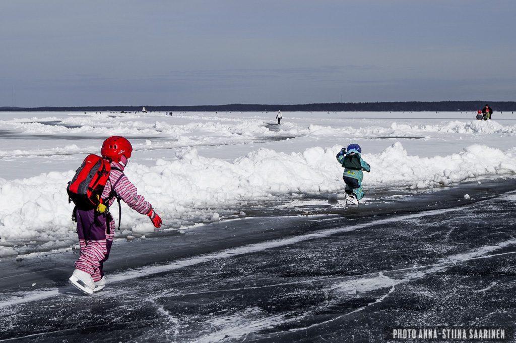 Skating road on the lake Näsijärvi, Tampere Finland, photo Anna-Stiina Saarinen