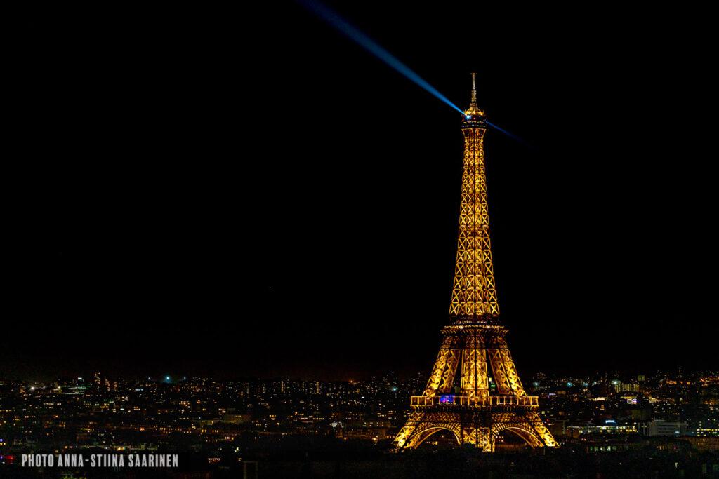 Eiffel Tower photographer Anna-Stiina Saarinen annastiinasphotos.com