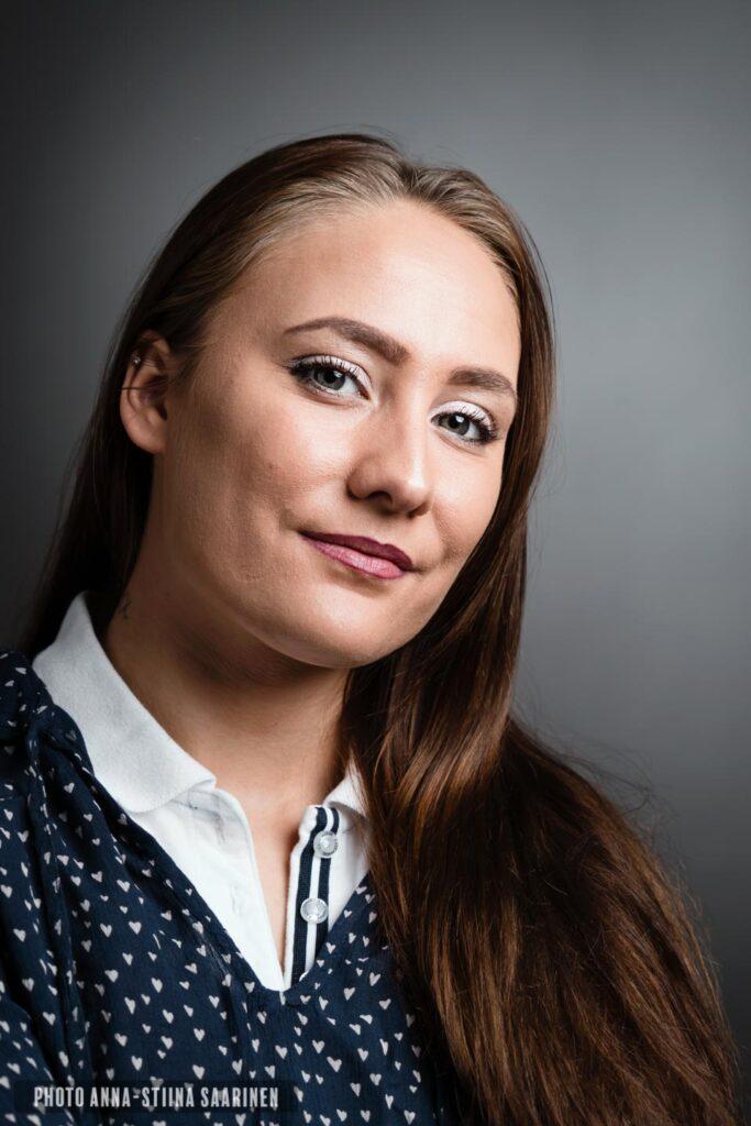 Portrait photo Anna-Stiina Saarinen annastiinasphotos.com